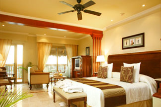 Golden Jr. Suite - Valentin Imperial Riviera Maya